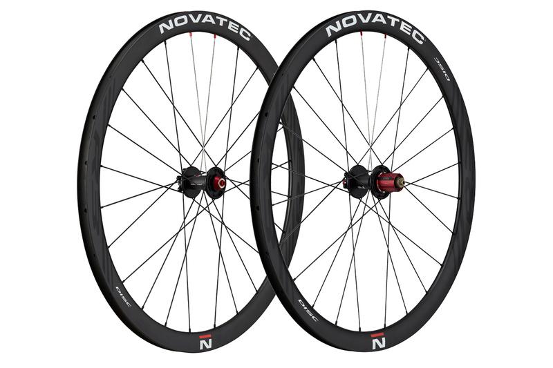 Cestné kolesá Novatec R3 Disc clincher
