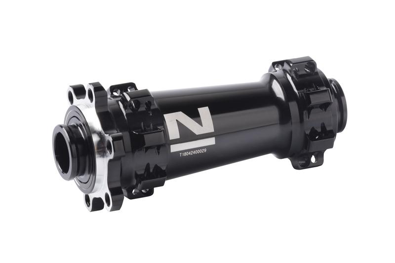 Náboj Novatec XDS641SB-B15 (boost), predný, 28-dierový, čierny (N-logo)